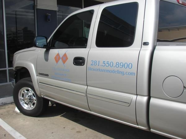 VL148 - Custom Vehicle Lettering for Construction
