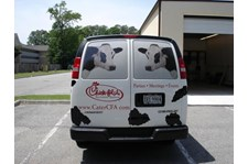 VL180 - Custom Vehicle Lettering for Restaurant