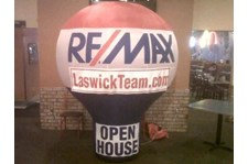 INF007 - Custom Inflatable Signage for Real Estate