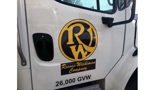 Vehicle Graphic for Reeves-Wiedeman Truck in Kansas City, MO