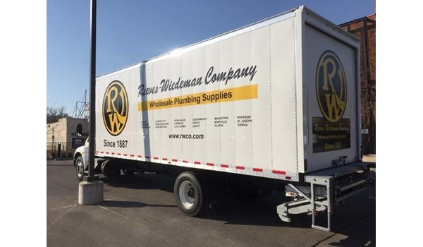 Box Truck Graphics for Reeves Wiedeman in Kansas City, Missouri