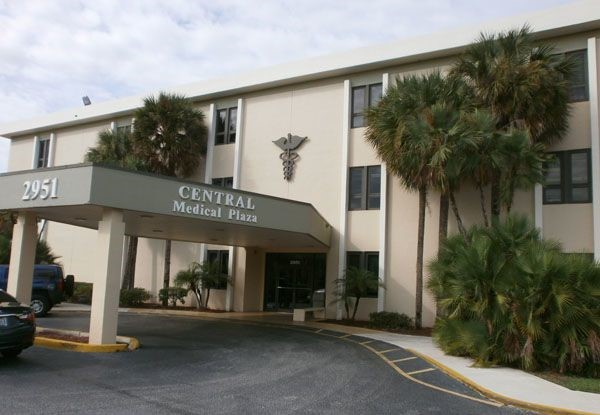 - Dimensional-Signage-Central-Medical-Plaza-Image360-Lauderhill