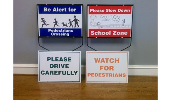 - Image360-Tucker-GA-yard-sidewalk-signage-Please Drive Carefully_Watch For Pedestrians