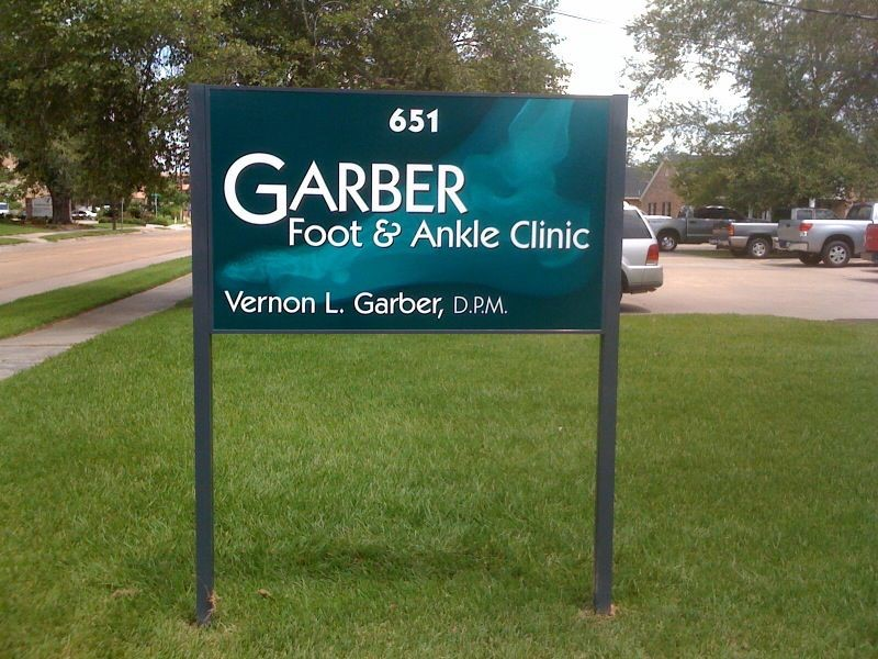 Garber Foot & Ankle Post and Panel Signage in Lake Charles, LA