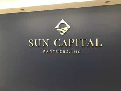 Wall logo for Sun Captial Partners